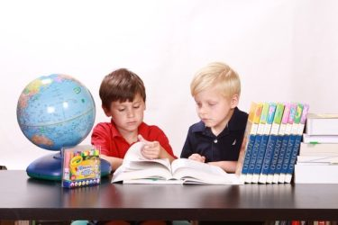 子供図鑑おすすめは?人気図鑑から珍しい図鑑まで2歳5歳が比較してみた!